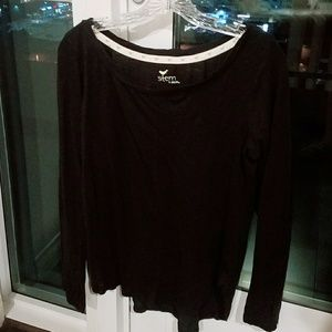 Tops - Relaxed black tshirt